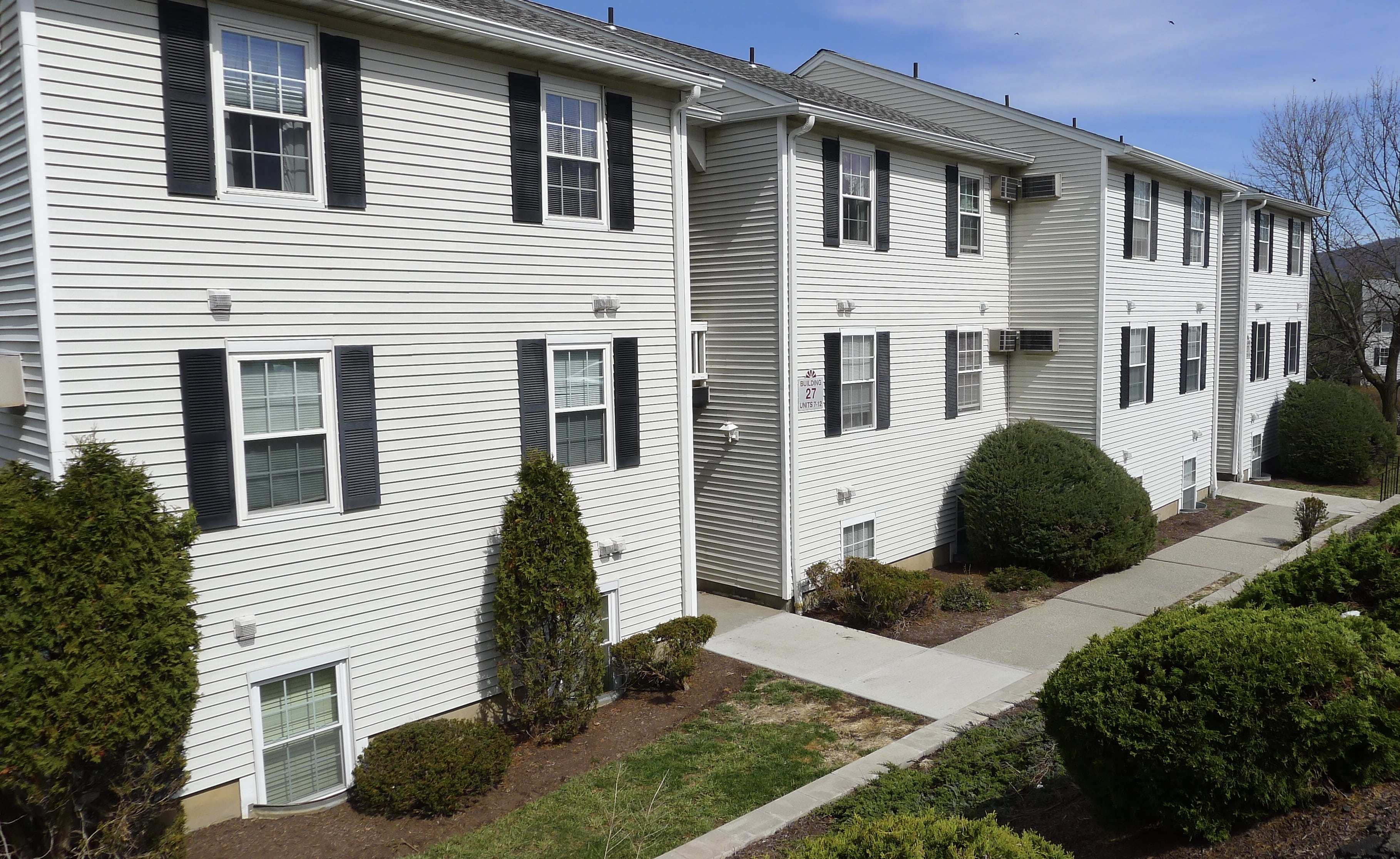 For sale: 27 Lexington Hills, Unit #9, Harriman NY