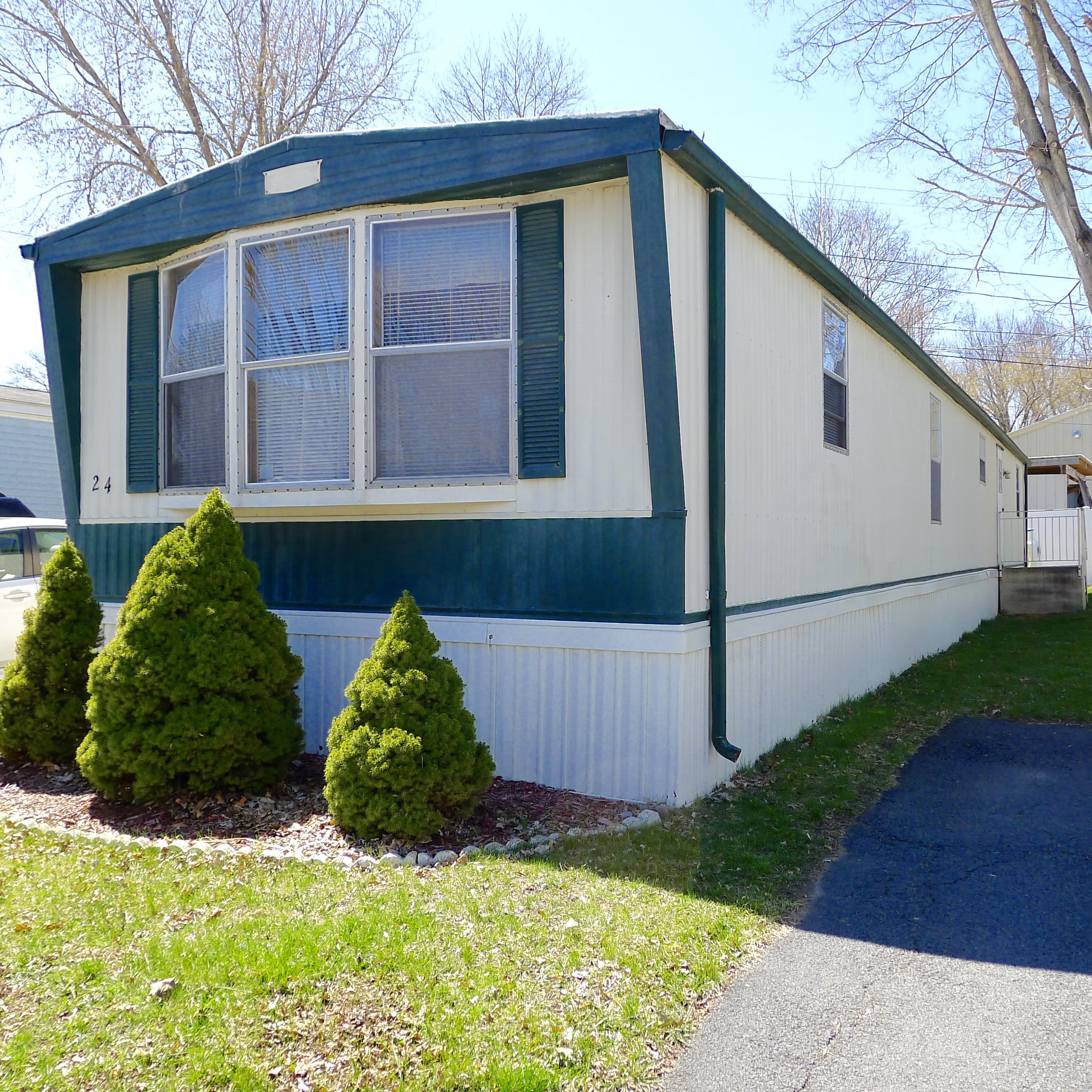 For Sale: 24 Farm Lane, Washingtonville NY